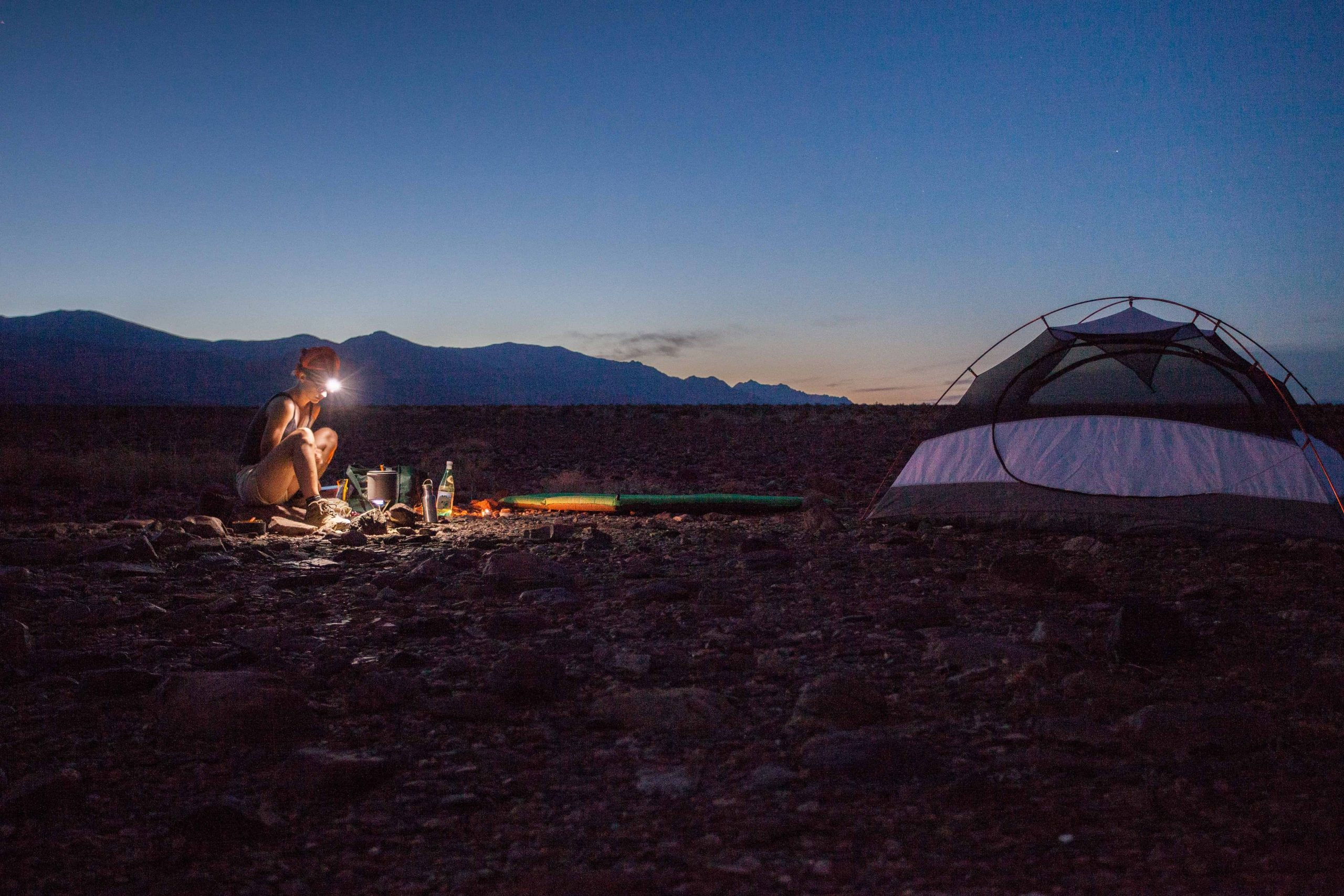 camping in death valley-min