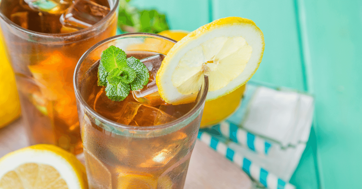 a cold glass of lemon iced tea