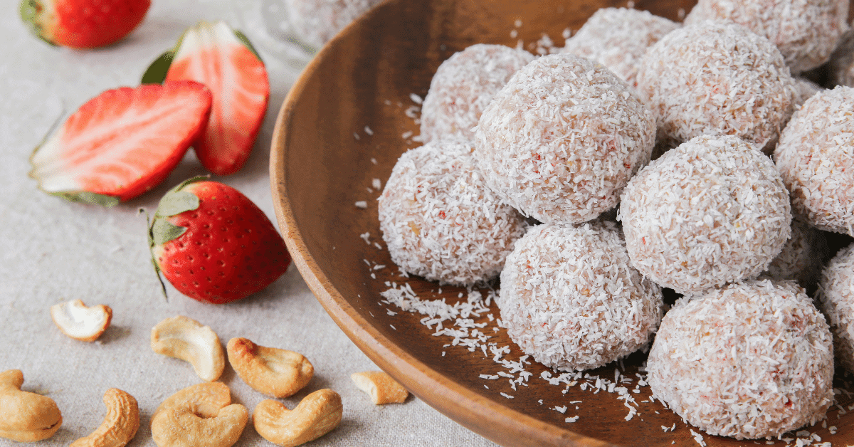 bliss balls with strawberries and cashew nuts